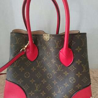 lv tote with sling
