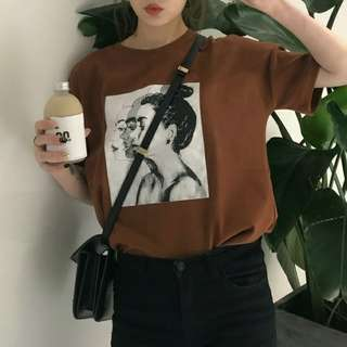 🚚 短袖圖案T-shirt(焦糖色)