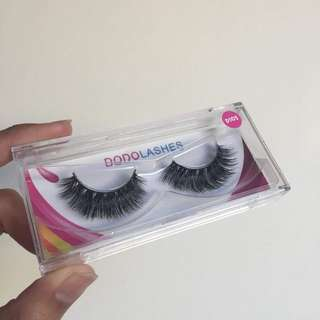 Dodo Lashes in D105