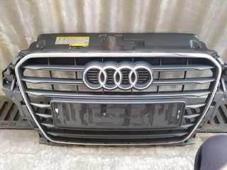 Audi a3鬼面罩