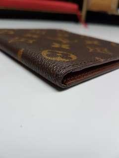 LV短錢包