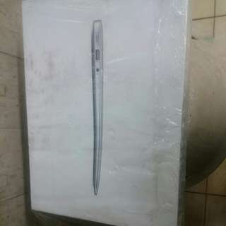 box of macbook air 13inch