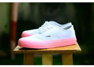 Vans authentic import good Quality made in vietnam