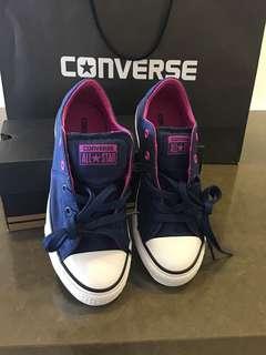Converse Kids Shoes (size EUR 33.5) or (U.S 2)