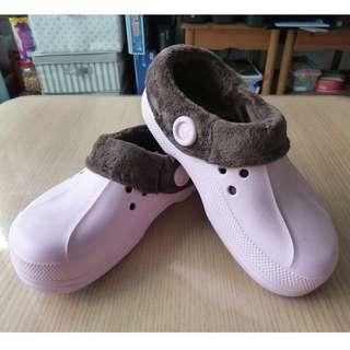 Crocs C
