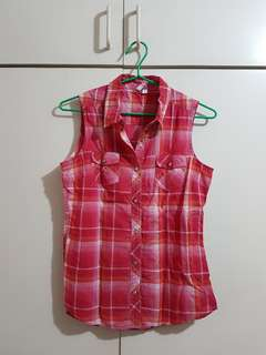 Red Collared Sleeveless polo shirt