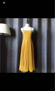 Yellow Dress brand new