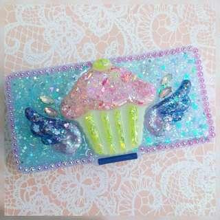 Flying Cupcake trinket box