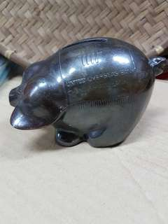 United overseas  chung khiaw bank coin bank - pig