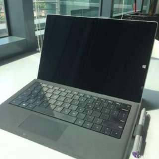 Microsoft Surface Pro 3 (i5 / 8gb / 256GB)