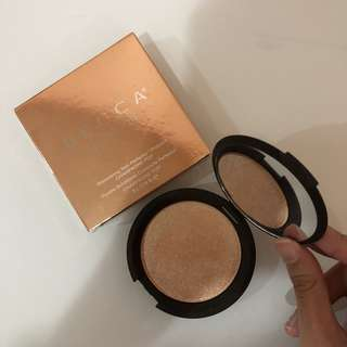 Becca Shimmering Skin Perfector Pressed Champagne Pop