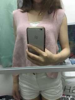 Pink top (內可襯蕾絲衫 或針織衫)