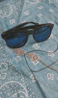 Blue mirror lenses sunglasses