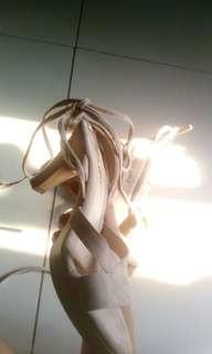 Rusty Lopez Cream Heels!!!