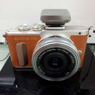 Kamera Olympus E-PL8 Zoom Lens (Kredit Dp 0%)