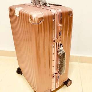 "20"" Rosegold Cabin Luggage (Selling my Last sample Bag)"