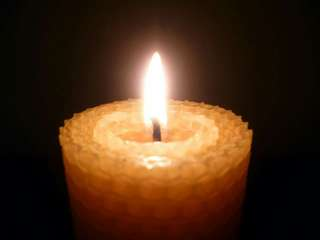 100% Natural Beeswax Candles - Pillar (Handmade)