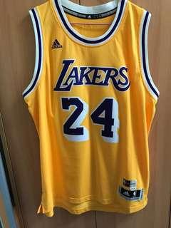 Kobe 球衣 L號