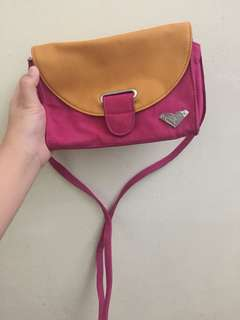 Roxy pink sling bag AUTHENTIC