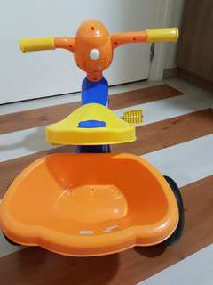 Kids Duck Tricycle with basket & musical horn