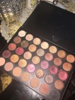 REPRICED!!!MORPHE FALL INTO FROST EYE SHADOW PALLETTE