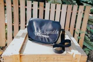 ellesse ITALY sling bag