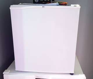 LG Mini Bar Fridge GR-051SSF 50L