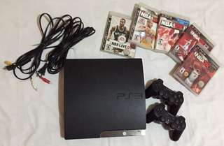 PS3 Slim 500 gb with 5 games