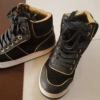 Aldo Rubber shoes