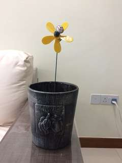 Grey outer flower pot with no hole