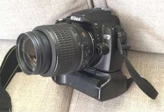 Nikon D60 with 18-55nm