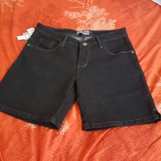 Nevada short jeans size 30 -31