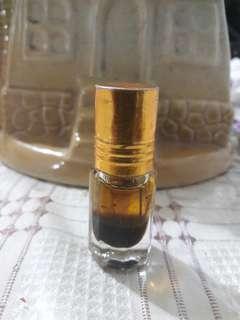 minyak bulu perindu mawar beduri