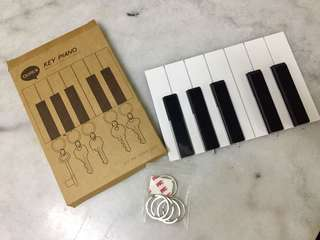 Qualy Piano Key Ring cum Whistle Holder
