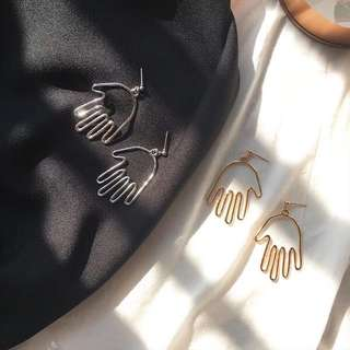 [PO] Quirky Hand Earrings