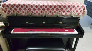 Yamaha U1 upright piano (Exam-grade)