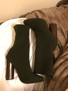 windsor smith green sock boot size 6.5