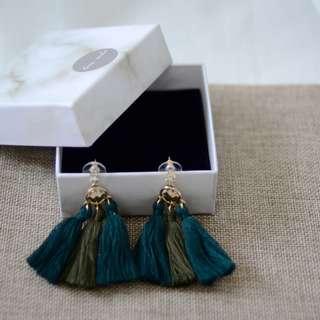 Ombre Tassels Earring - Emerald