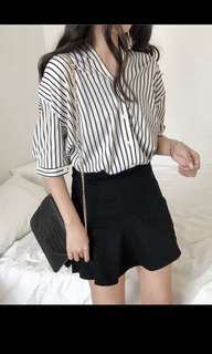 Loose casual striped V neck shirt