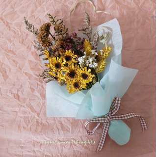 Mini Dried Flowers Bouquet