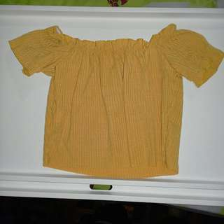 [INC POSTAGE] Off the shoulder mustard yellow crop top