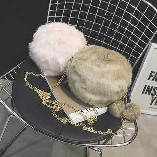 [PO] Round Fluffy Pom Pom Gold Chain Sling Bag