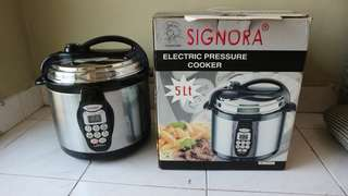 SIGNORA Pressure Cooker 5L + BONUS PANCI stainless steel