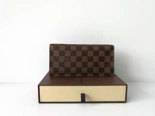 Authentic Louis Vuitton Brazza Wallet