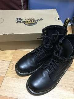 🚚 現貨 Dr.Martens 8孔軟皮馬丁靴