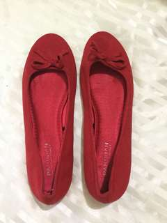 Red Shoes (Size 9)