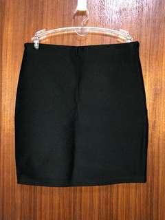 黑色彈性窄裙