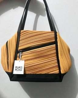 Issey Miyake Bias Pleats Bag