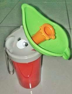Travel urine bottle