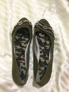 Dark Green Flats (Size 8)